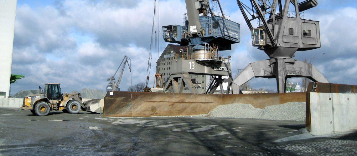 Hafen-BS-Verladung_neu